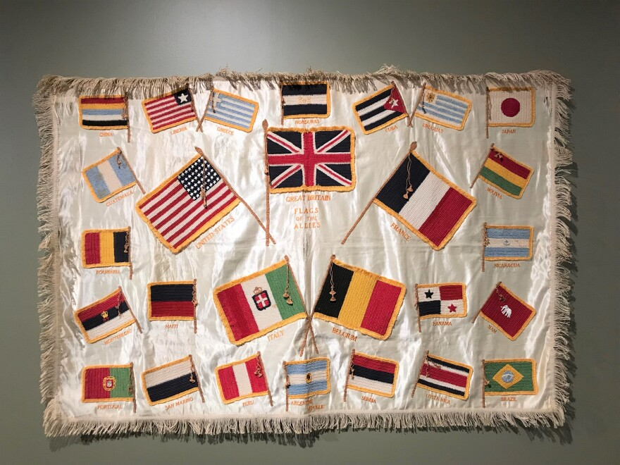 quilt_exhibition_at_wwi_museum.jpg