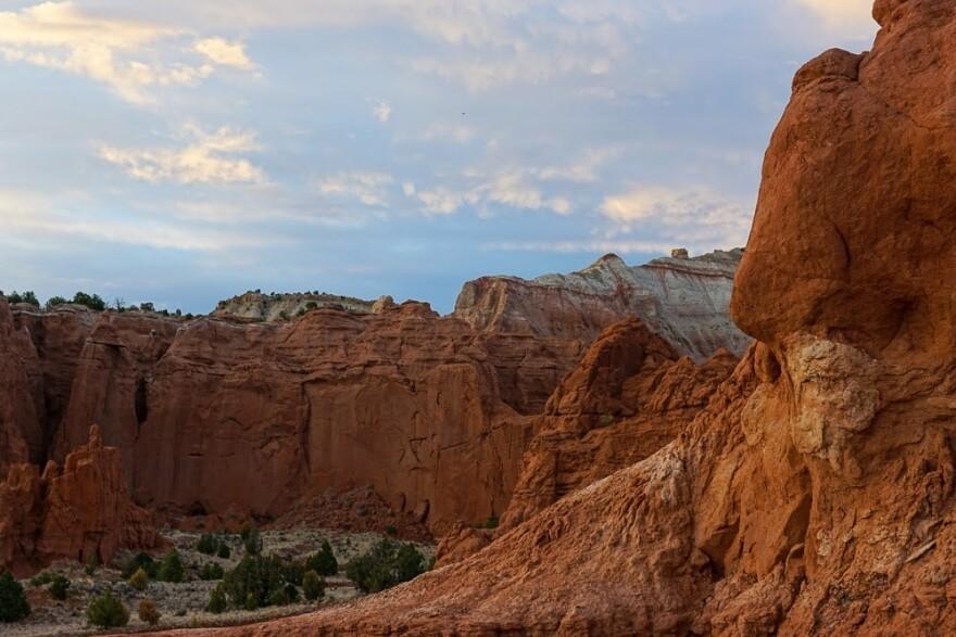 Extra Dark Utah Cliffs BB_7.jpeg