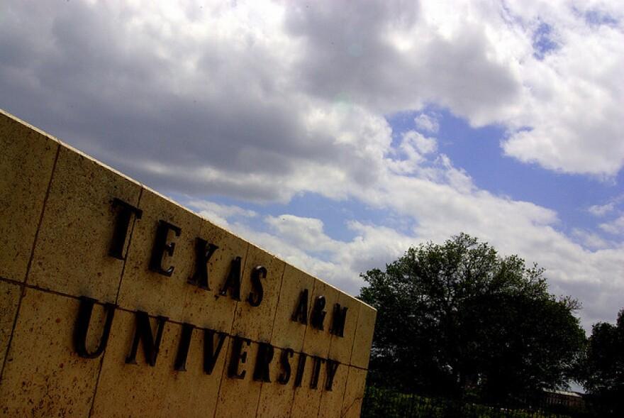 Texas_A&M_Sign.jpg