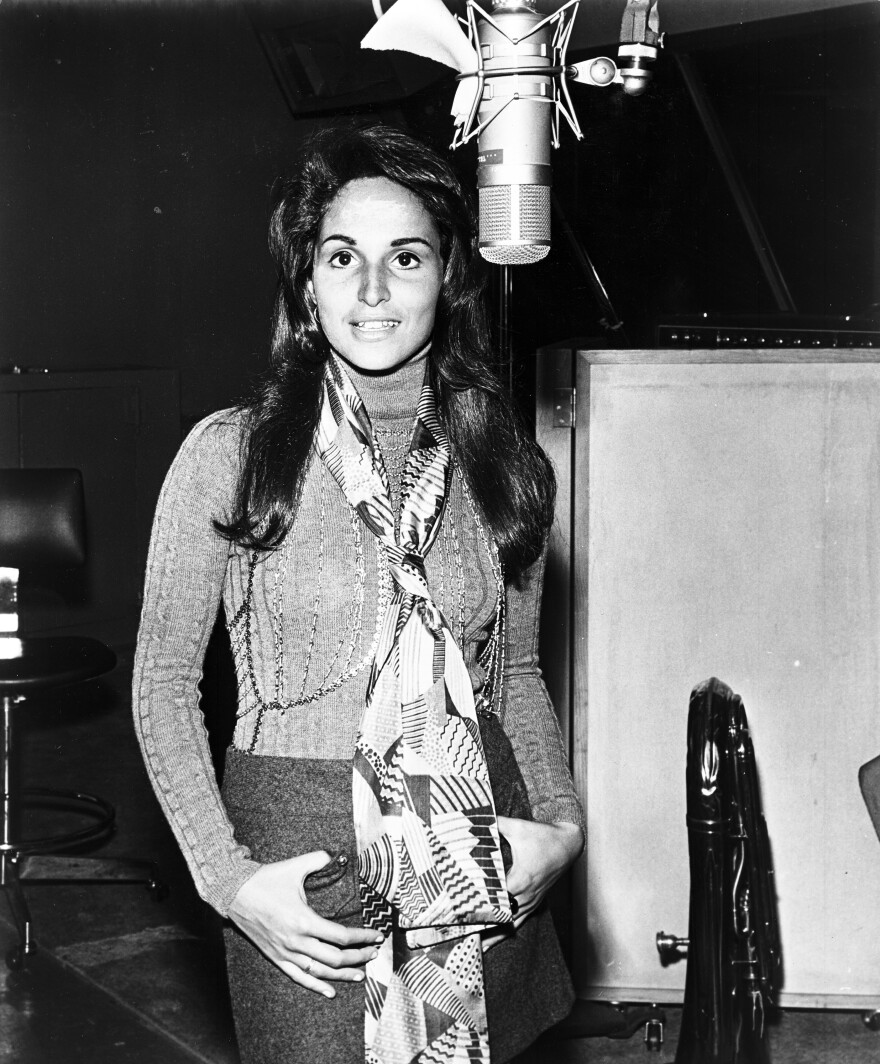 "Singer-songwriter Toni Wine, pictured here in 1972, sang the roles of Betty and Veronica on ""Sugar, Sugar."""