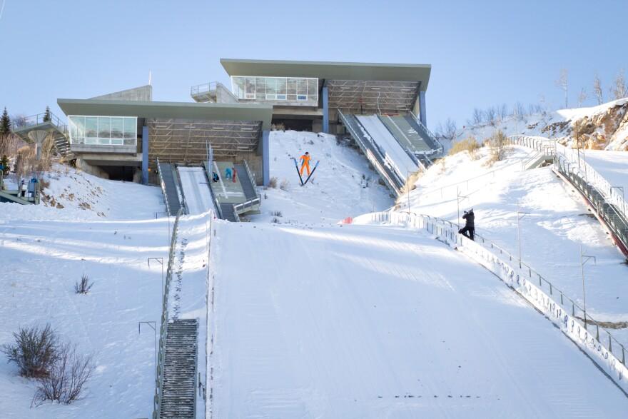 Women_SkiJumping-22.jpg