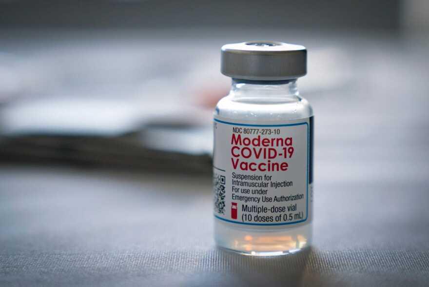 89f0db56-30a5-4fbc-bf22-b26df34fce03-WPB_014421_Tequesta_Vaccin_1.jpeg
