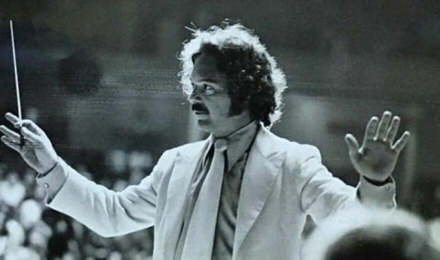 Larry Harlow conducting 'Hommy'