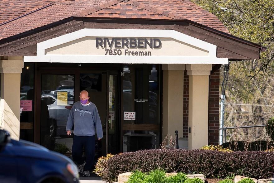 040920_Riverbend rehab facility_man at entrance_Julie Denesha.jpg