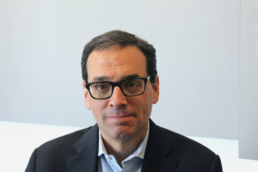 Author Daniel Pink talks about the science of timing and how to work efficiently.