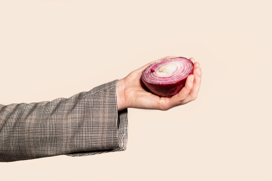 Having trouble remembering not to touch your face? Try rubbing a raw onion after hand-washing.