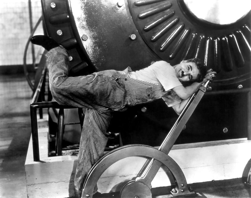 Chaplin_ModernTimes1.jpg