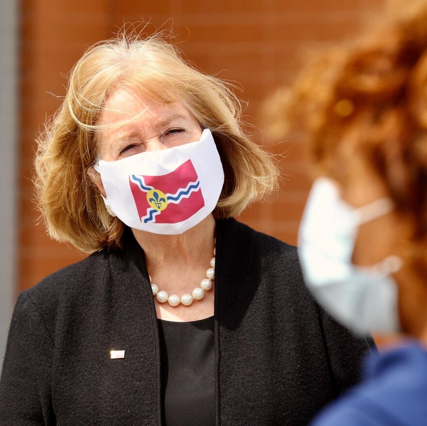 Mayor Krewson wearing a mask during a visit to an Affinia Healthcare COVID-19 mobile test site in north St. Louis in late April.