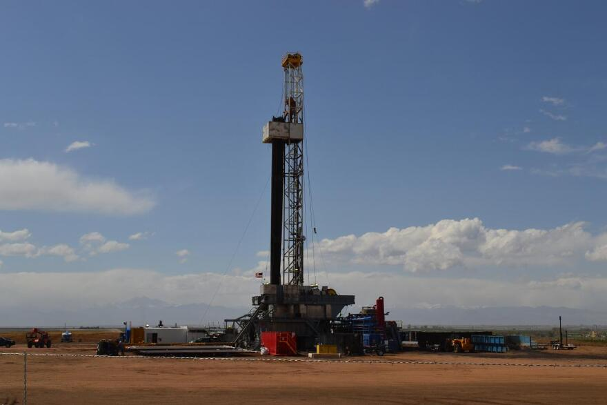 Gas Rig Weld County.JPG