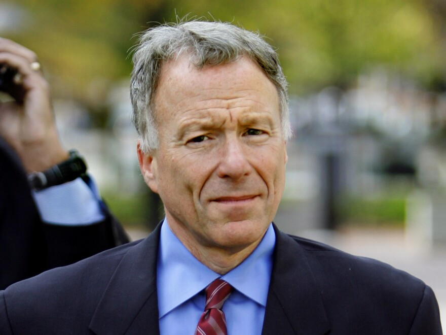 "I. Lewis ""Scooter"" Libby, Vice President Dick Cheney's former chief of staff, walks to the U.S. District Court in Washington on Nov. 16, 2005. President Donald Trump pardoned Libby."