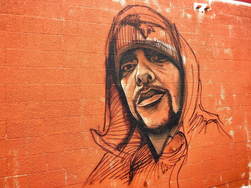 A second mural on La Mexicana honors Mike Ramos.