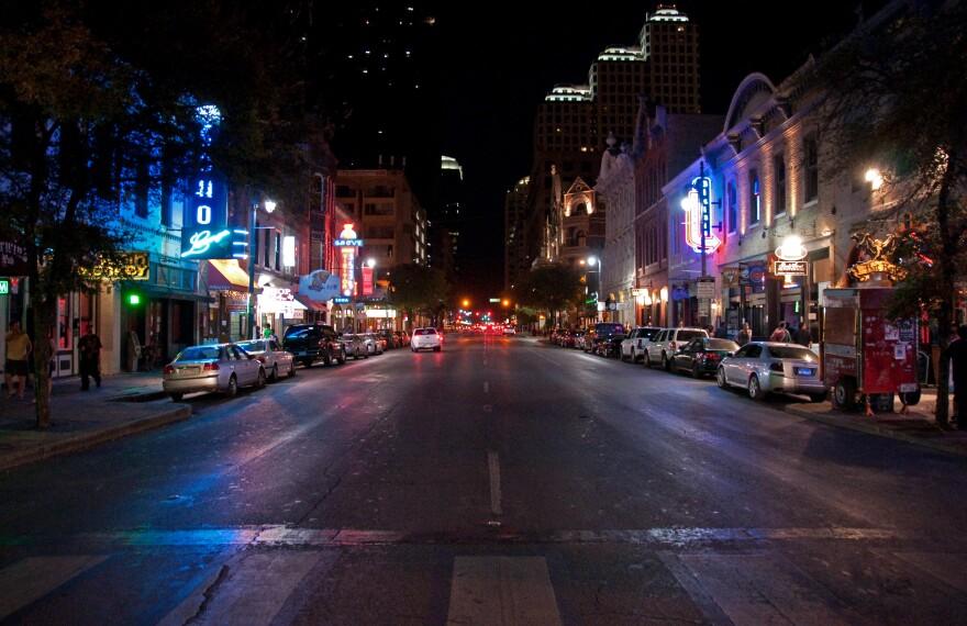 AustinSixthStreet.jpg