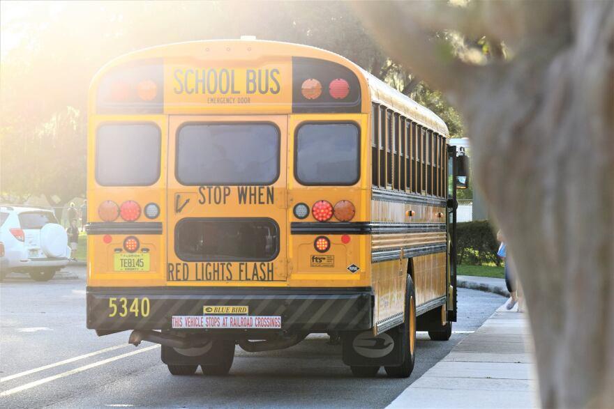 school_bus4__hillsborough_county_schools_.jpg