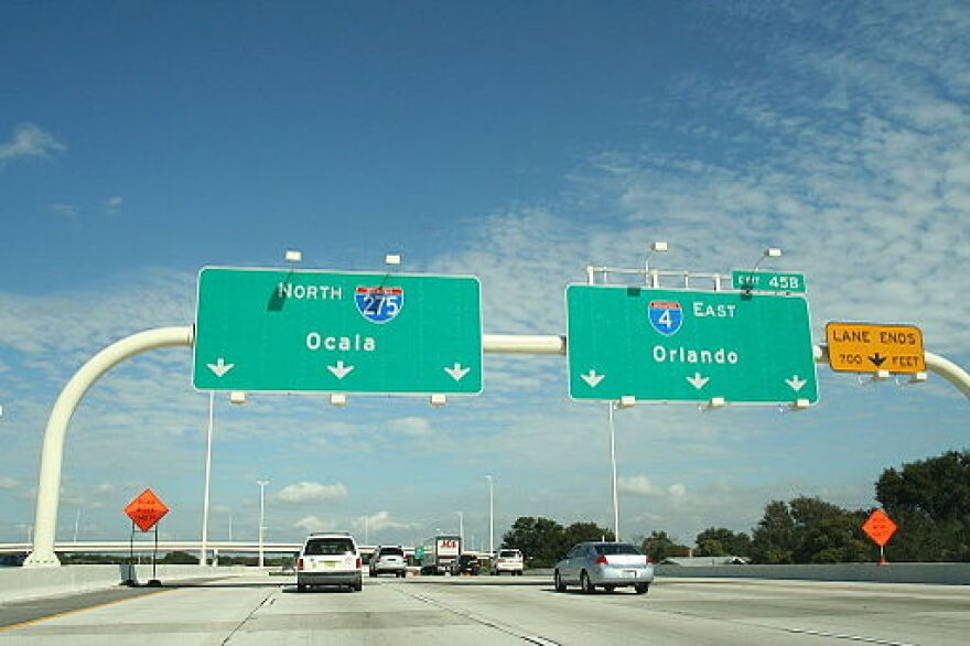 Approaching_the_I-4_and_I-275_interchange.jpg