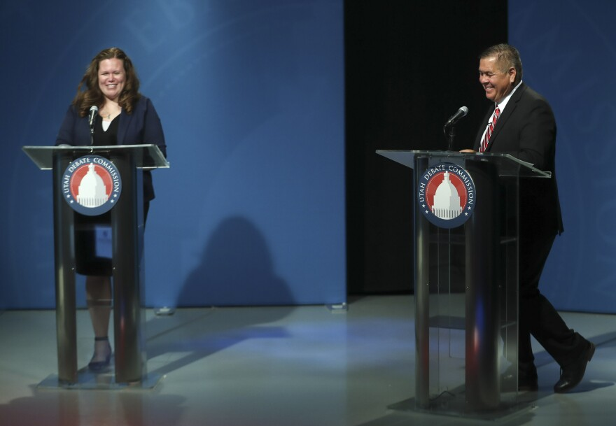 Photo of candidates on debate stage.