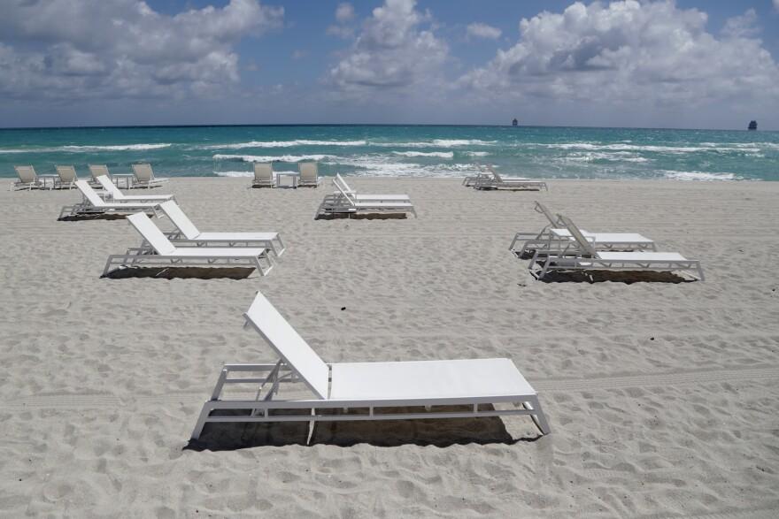 covid-19_coronavirus_empty_beach_chairs.jpg