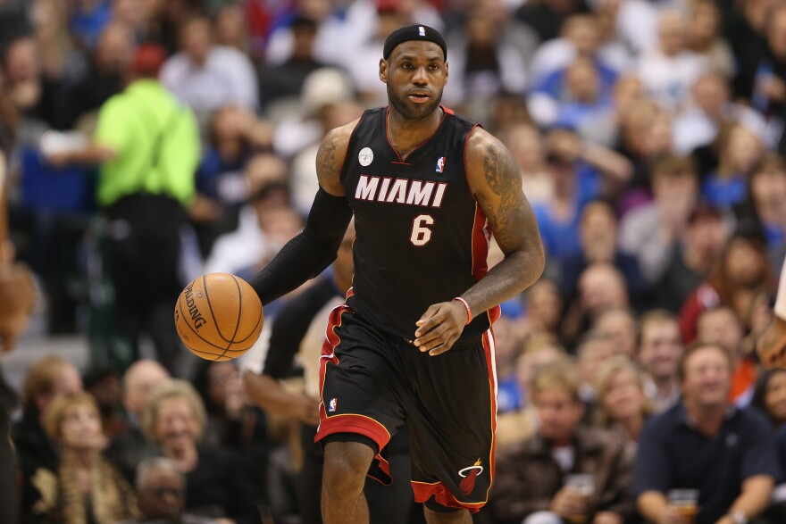 DALLAS, TX - DECEMBER 20: LeBron James #6 of the Miami Heat at American Airlines Center on December 20, 2012 in Dallas, Texas.