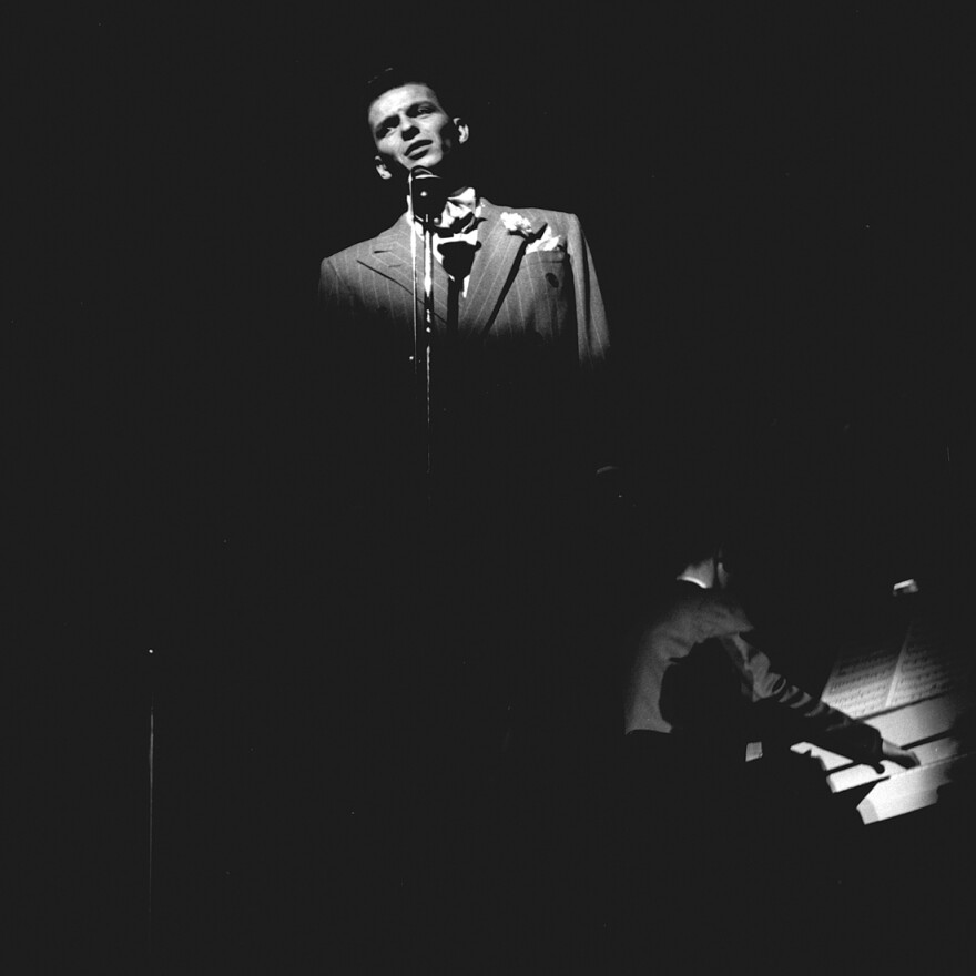 """Frank Sinatra captured by photographer William """"PoPsie"""" Randolph during a 1943 concert. Author Ben Yagoda points to Sinatra as one of the interpreters who helped revive the Great American Songbook."""