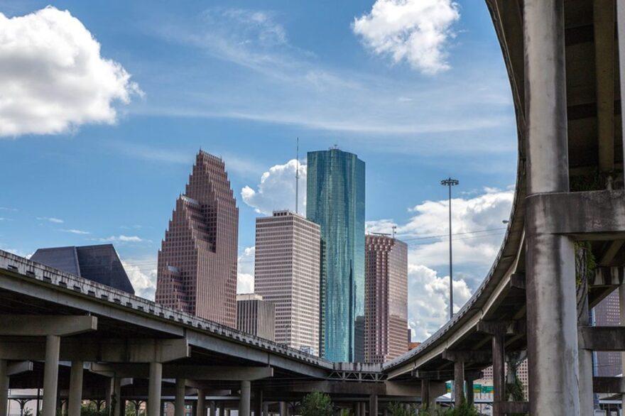 Houston-Skyline-1000x666.jpg