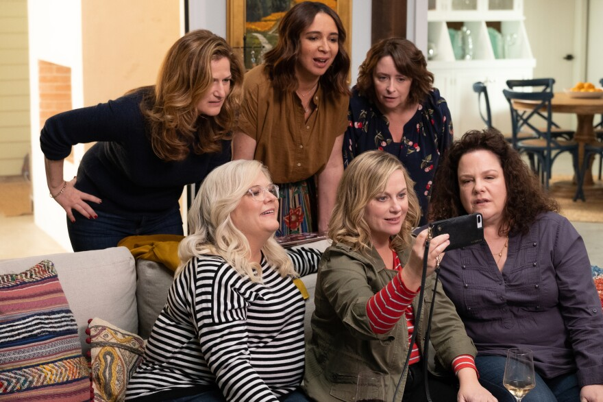 Among the stars of <em>Wine Country </em>are, clockwise from upper left, Ana Gasteyer, Maya Rudolph, Rachel Dratch, Emily Spivey, Amy Poehler and Paula Pell. Tina Fey also appears in the film.