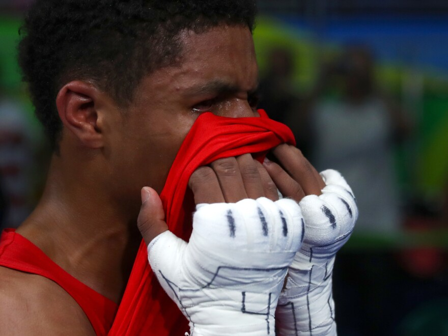 After losing his gold medal match on a split decision, U.S. boxer Shakur Stevenson was visibly distraught. The gold medal went to his opponent in the bantam (56kg) final: Robeisy Ramirez of Cuba.