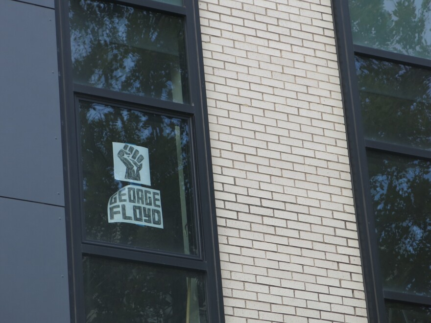 081320_GK_Black Lives Matter Signs_midtown office building.JPG