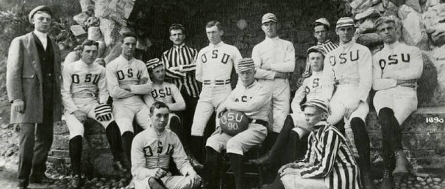 1890_first_football_team.jpg