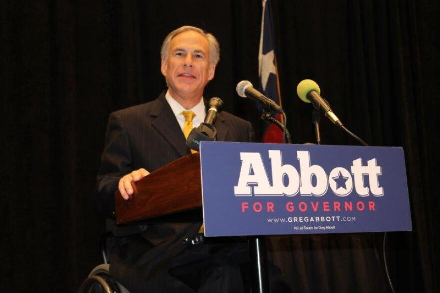 greg_abbott_texas_association_of_realtors_131010.jpg