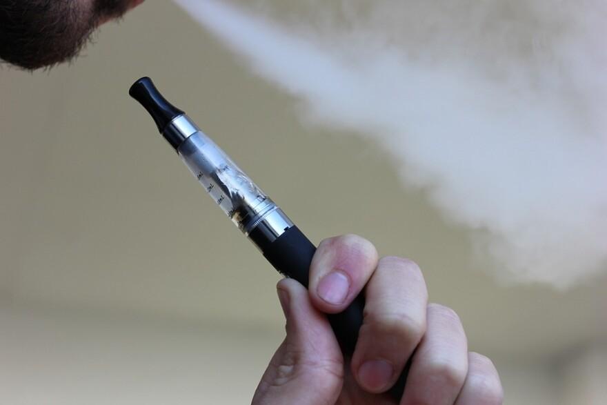 Electronic Cigarette, E-Cigarette, E-Cig, Vapes, Vape
