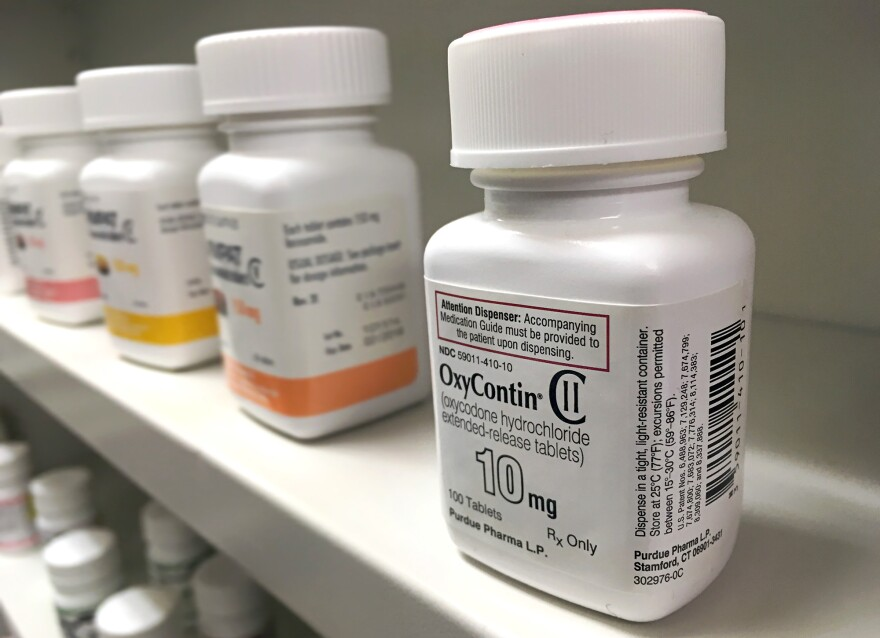 Dentists are among the larger prescribers of opioid painkillers. They're trying to change that.
