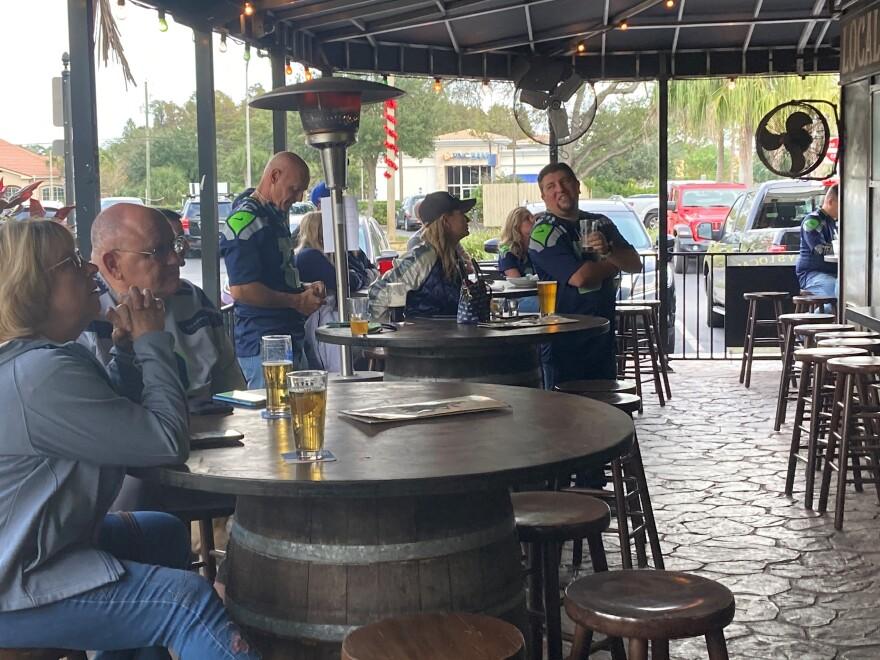 Seattle Seahawks fan club meets in Tampa