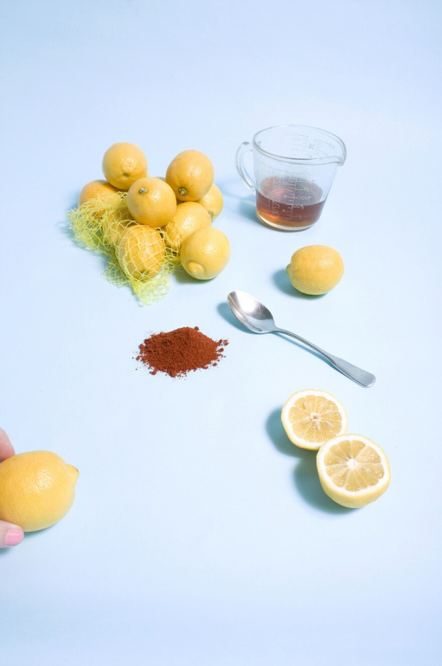 """<strong>The Master Cleanse: </strong>Adherents are required to avoid any food and just drink a concoction of water, lemon juice, maple syrup and cayenne pepper to """"detoxify"""" their bodies. As Piper in <em>Orange Is The New Black</em><em> </em><a href=""""http://www.vulture.com/2013/07/orange-is-the-new-black-recap-season-1-episode-2.html"""">proves</a>, it's tough to make it through on this meager meal."""