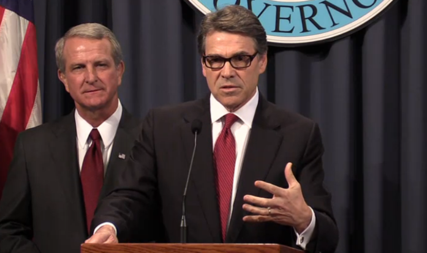 rick_perry_ebola_press_conference.png