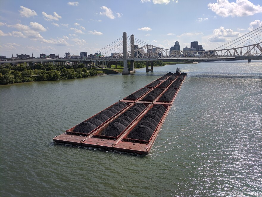 coal_barge_ohio_river.jpg
