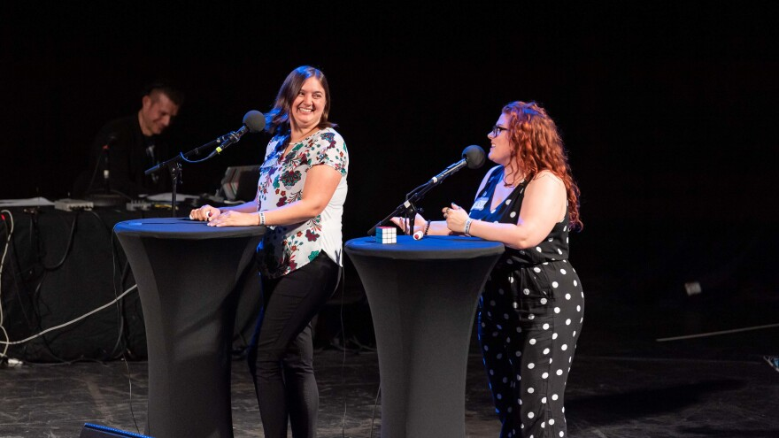 Contestants Clairissa Simmons and Stevie Tardiff go head-to-head on <em>Ask Me Another</em> at the Aztec Theatre in San Antonio, Texas.
