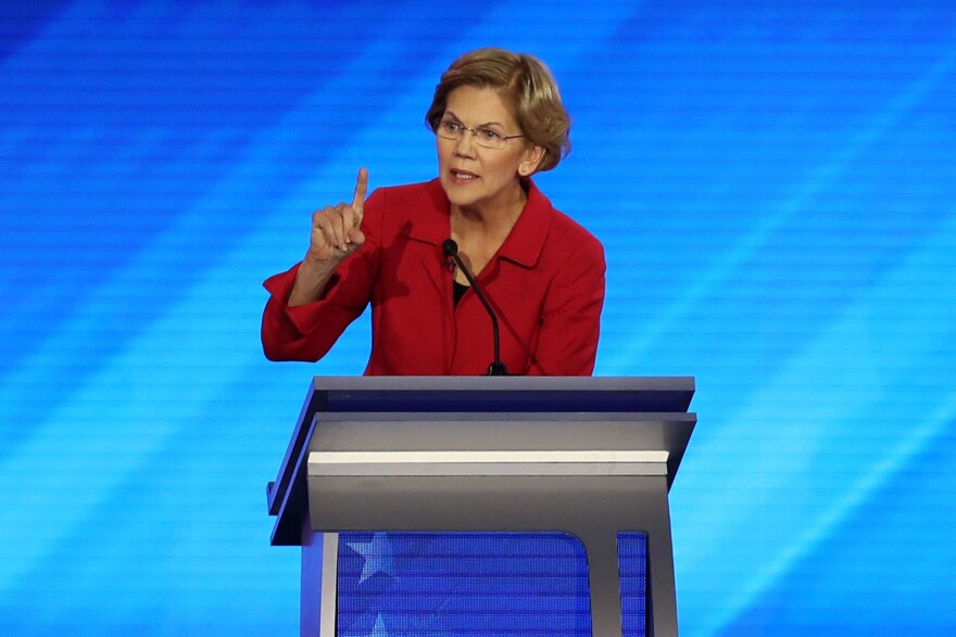 After strong early debate performances, Democratic presidential candidate Elizabeth Warren is struggling to find her groove in this campaign.