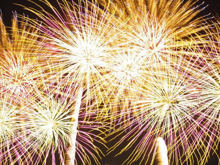 fireworks_jen_n82.jpg