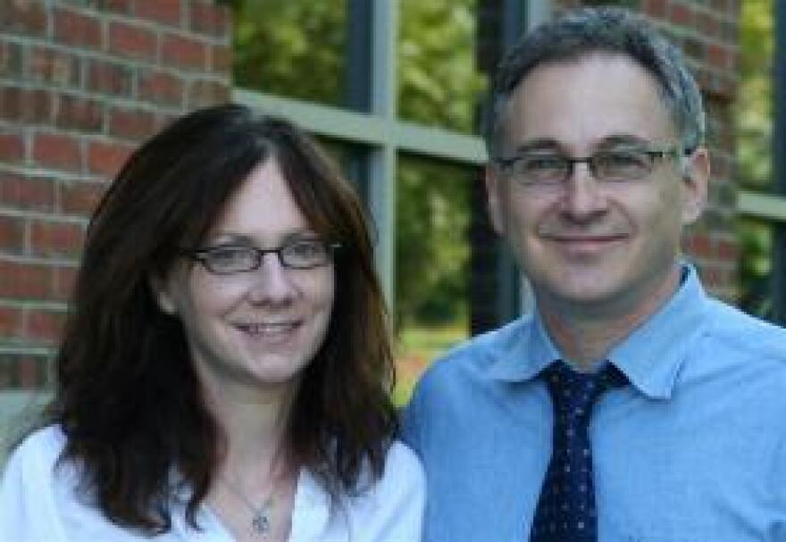 Dr. Lisa Schwartz and Dr. Steven Woloshin of the Dartmouth Institute Center for Medicine and the Media.