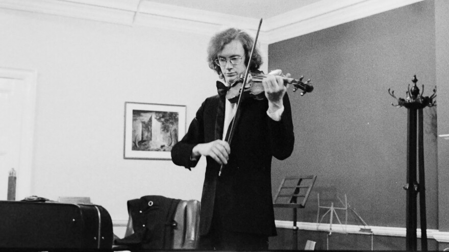 Geoff plays his Gagliano violin violin in 1974.