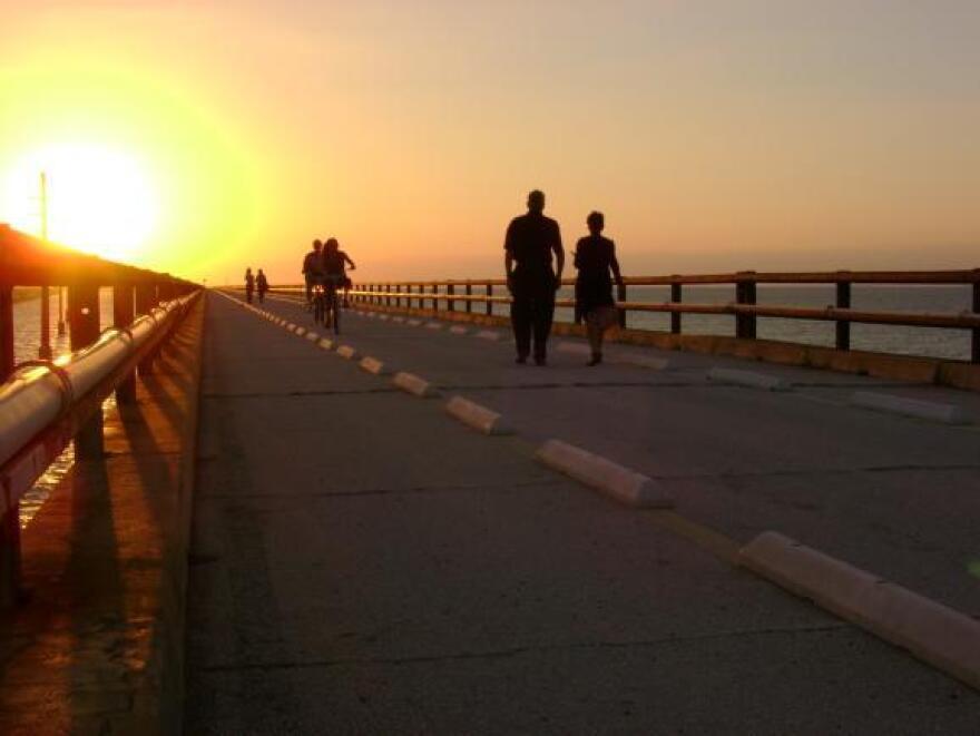 Sunset_0.JPG