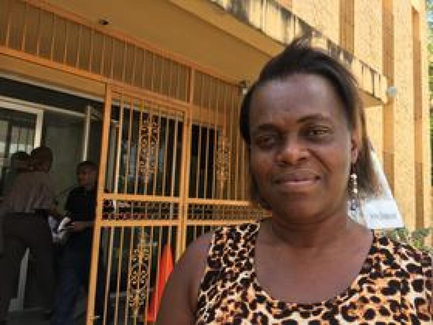 Vedette Blain says she's looking for food assistance after most of her groceries were either eaten or spoiled without refrigeration.