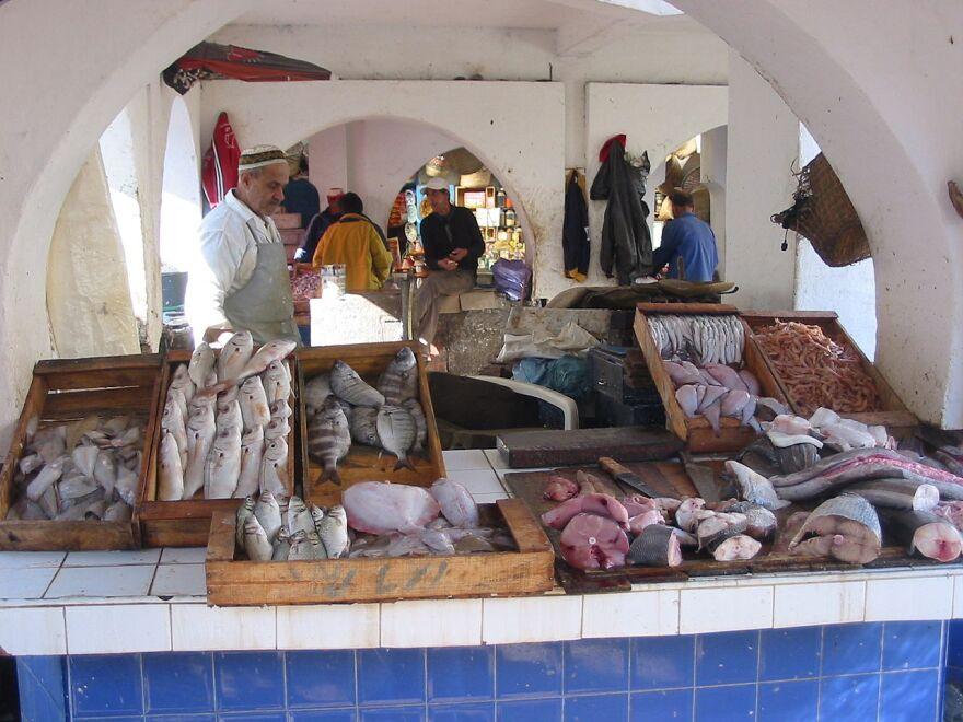 fish_market.jpg