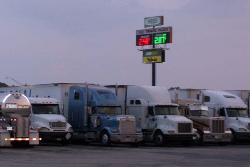 Trucks-fill-the-parking-lot.jpg