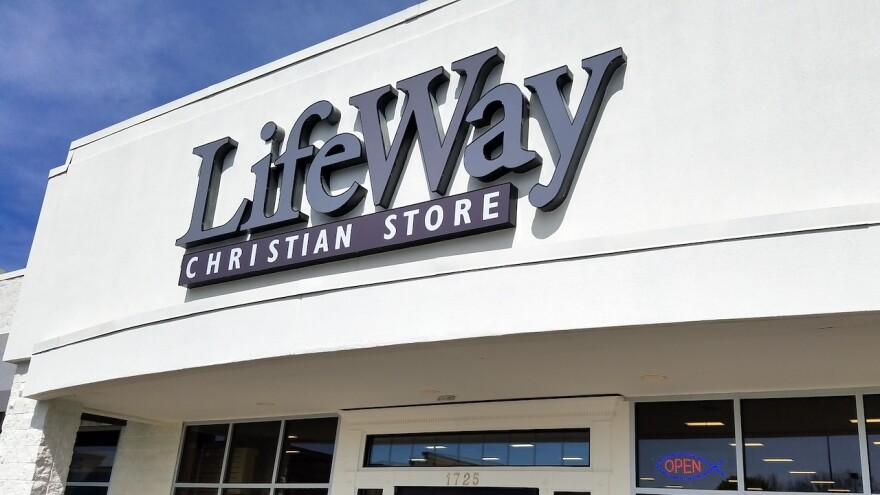 LifeWay Christian Store, the retail arm of the Southern Baptist Convention's publishing company, plans to close all 172 of its outlets by the end of 2019.