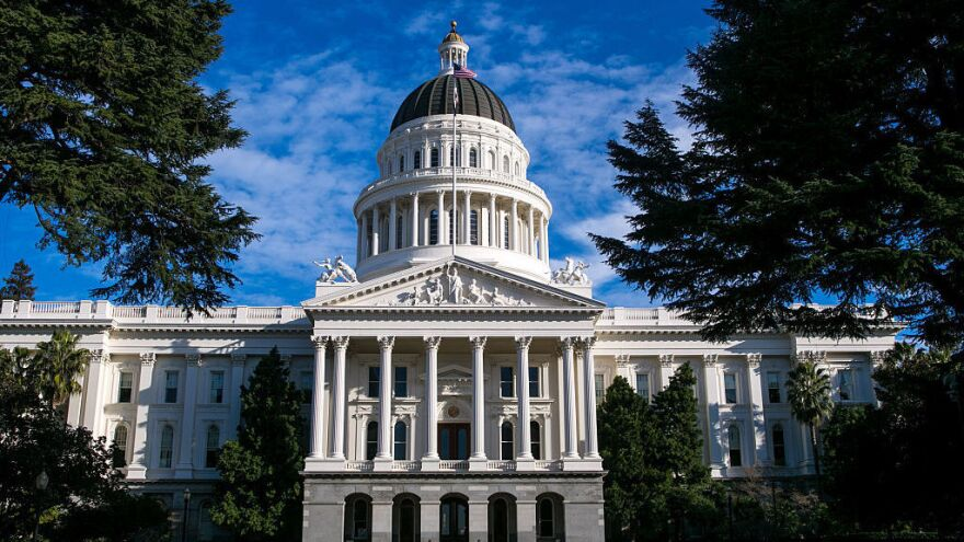 "If passed by voters, the ""California Nationhood. Initiative Constitutional Amendment and Statute"" would remove state constitutional language making California part of the U.S. and require the governor to request admission to the United Nations."