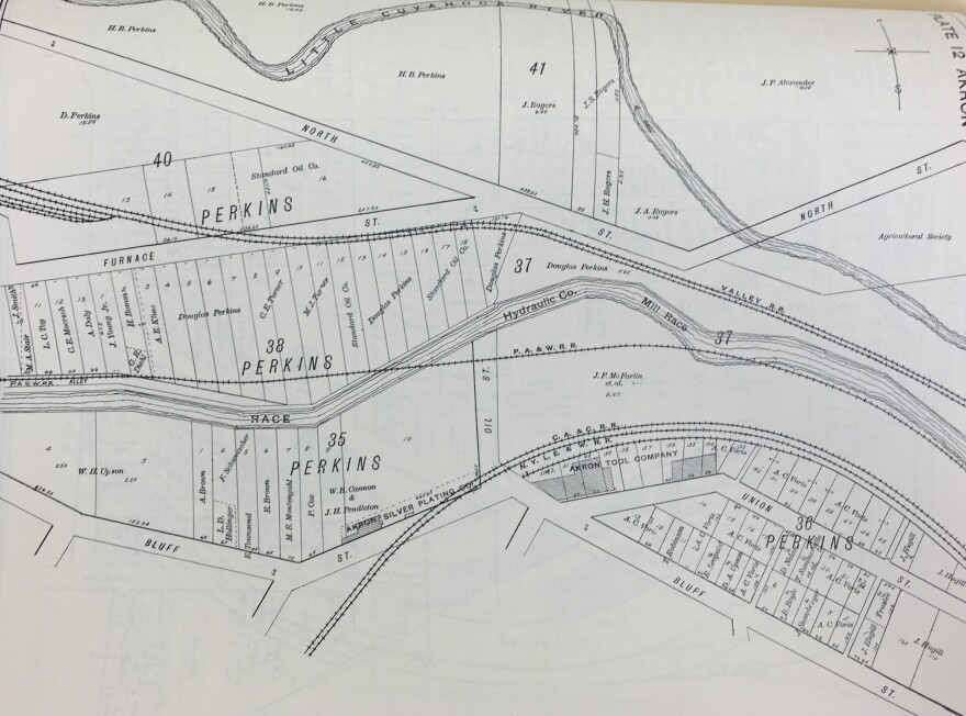 photo of Akron map