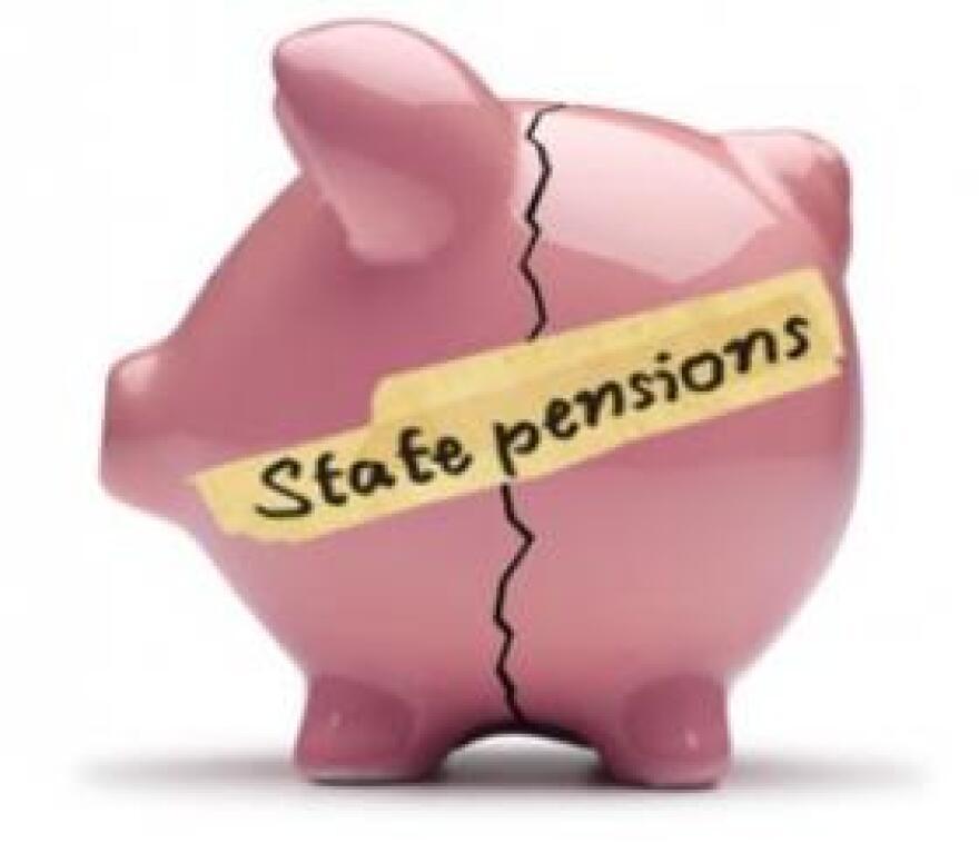 PensionPiggyBank0425.jpg