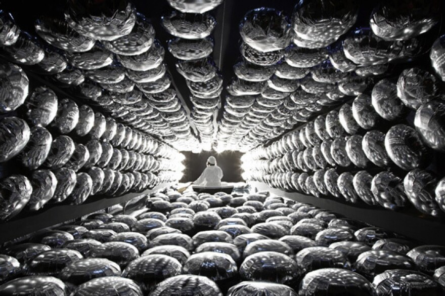 A 2009 London art installation, Super K Sonic Booum, by Nelly Ben Hayoun replicated a neutrino detector, allowing the public to ride in a boat accompanied by the physicists working on the Super-Kamiokande in Japan.