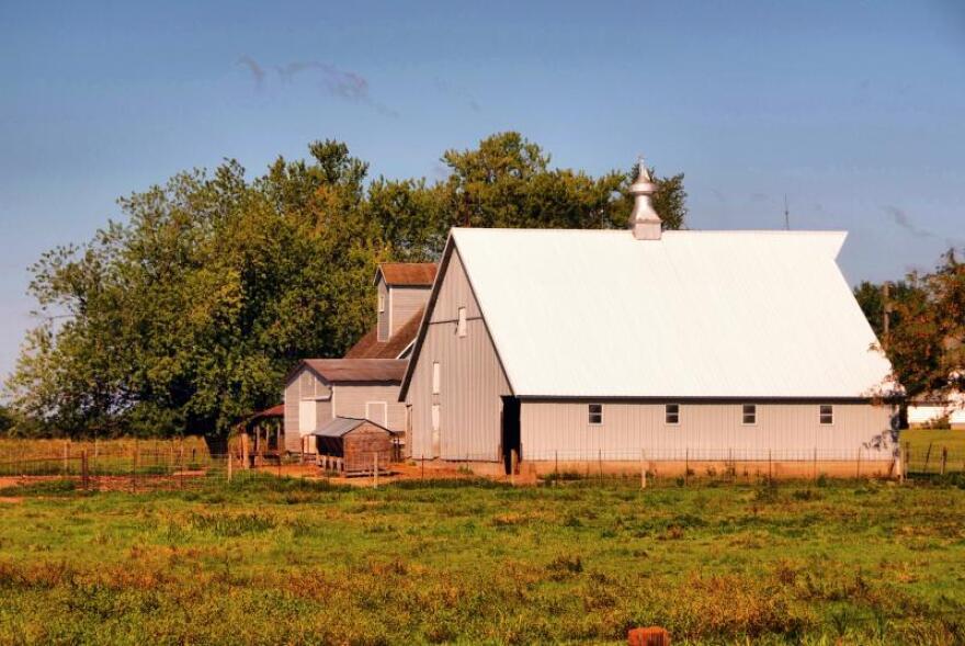 iowa_farm.jpg