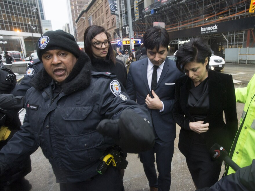 Jian Ghomeshi arrives at court to hear verdict.